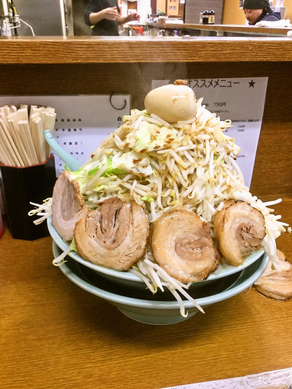 ラーメン三浦屋(メガ盛りモヤキャベ)