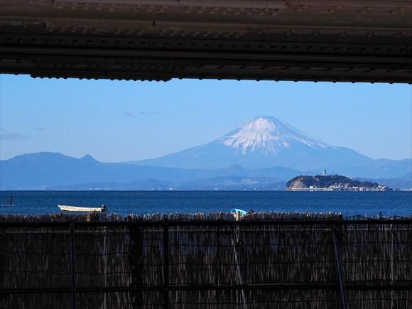 Fuji-3_R.jpg