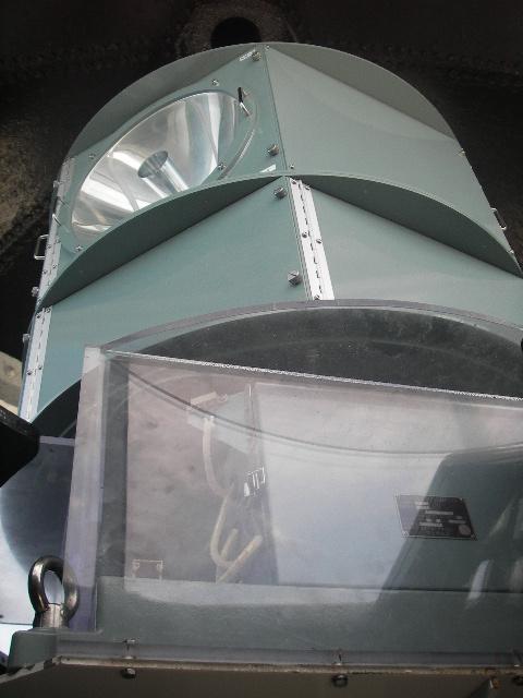 安乗埼灯台LU-M型灯器201708