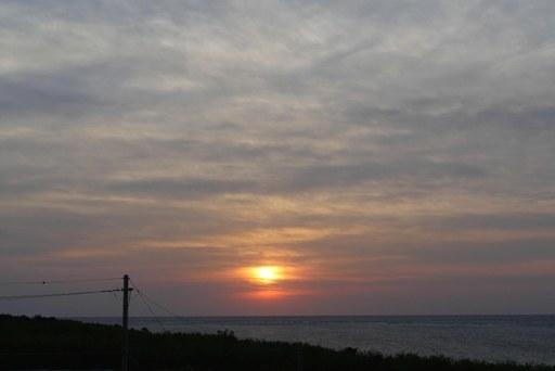 朝焼日の出-c,2-14,7-31 P1170859
