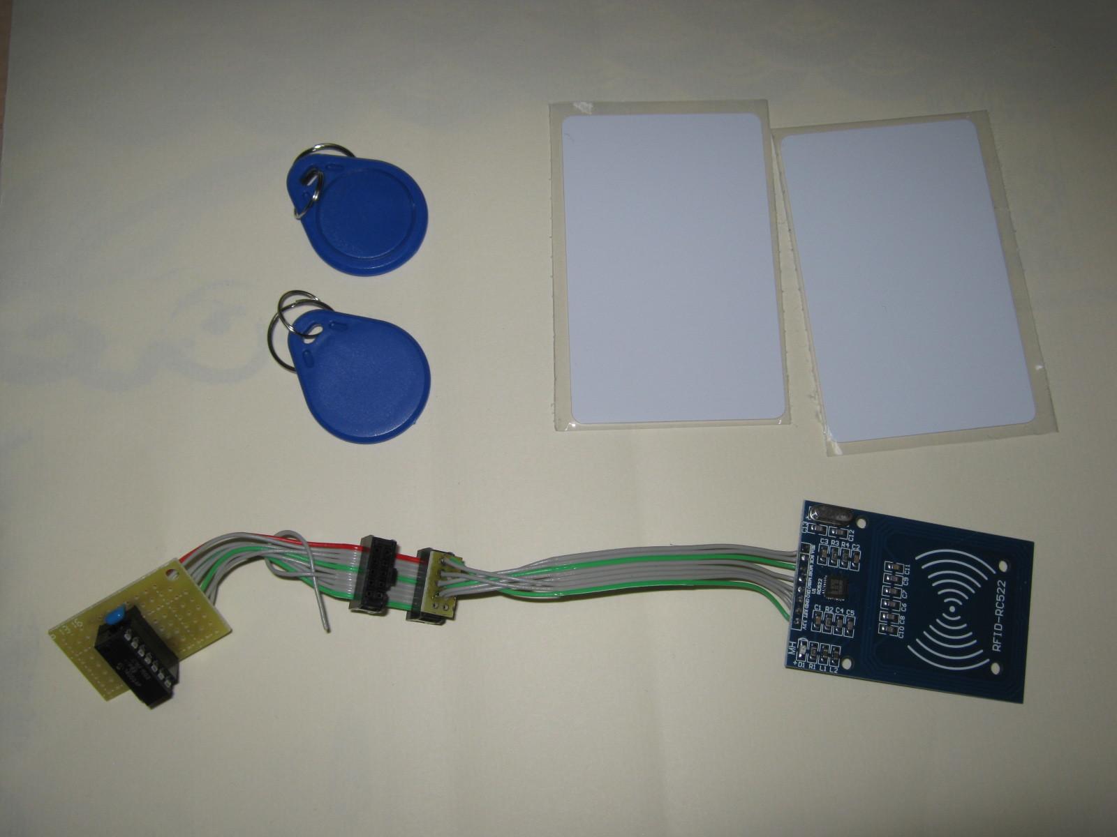 RFIDタグからシリアル番号を取得する実行環境