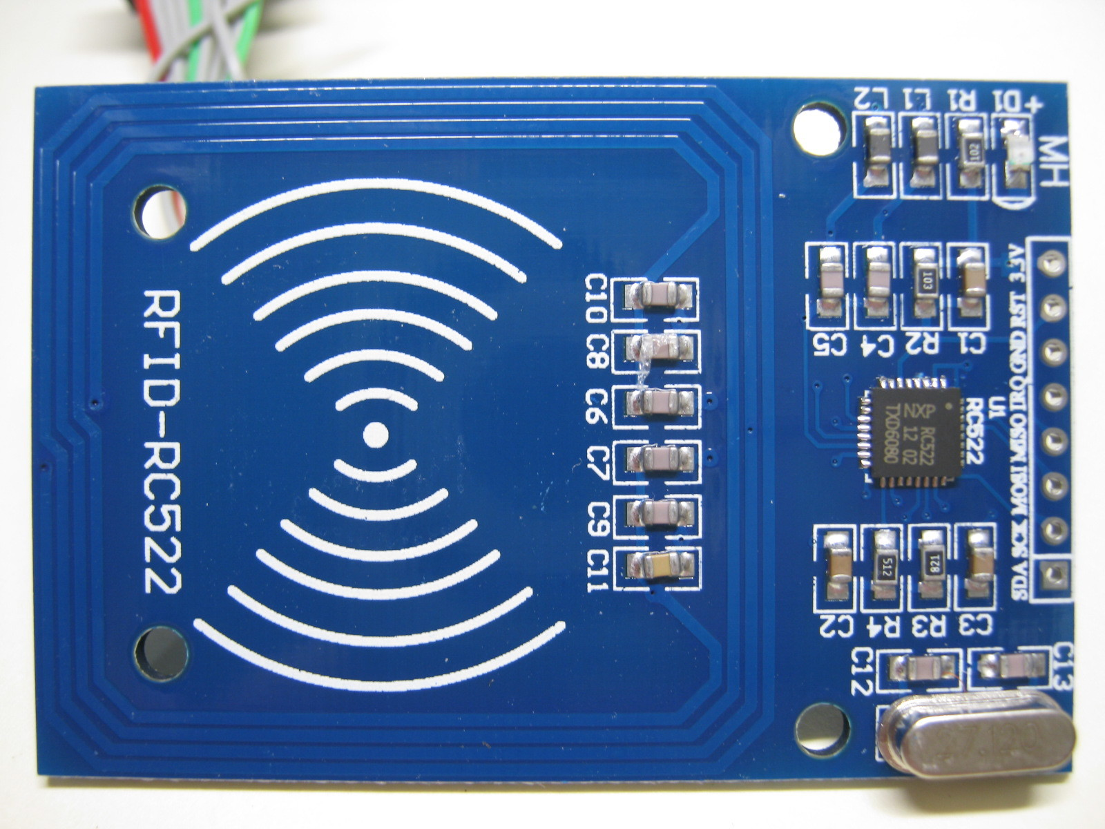 RFIDタグからシリアル番号を取得するリーダライタ