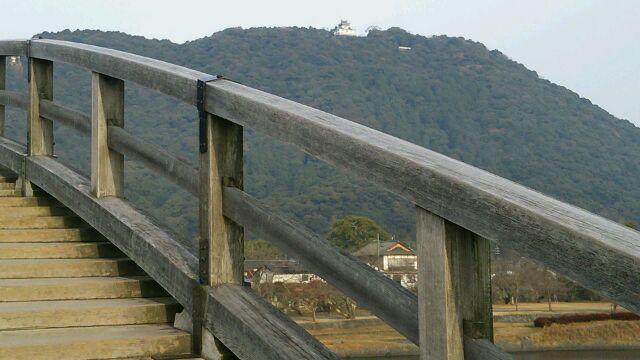 錦帯橋から見た岩国城