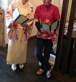 ぴよ子さんと記念写真