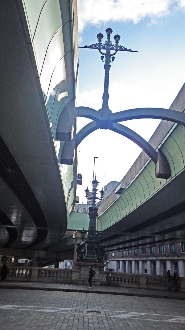 橋の中央日本国道路元標