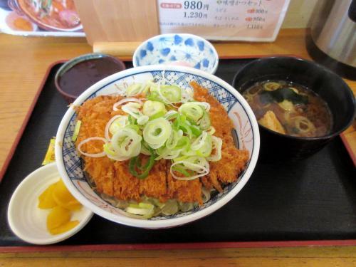 ソースかつ丼!?