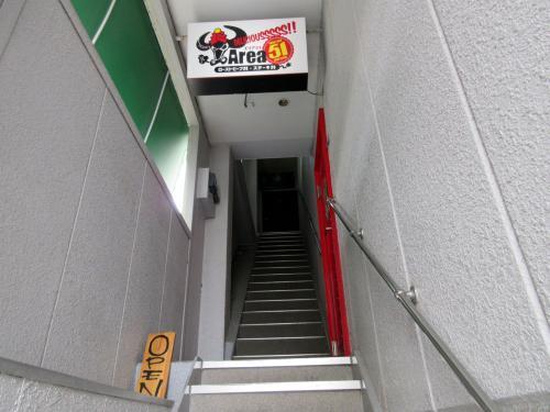 入口は2階