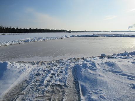 湖のクレーター