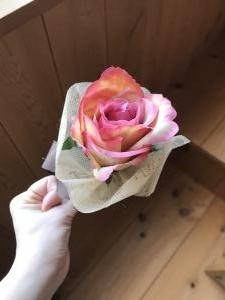 玉置さんがキスした花