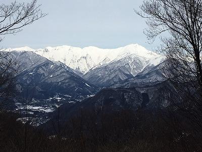 頂上からの谷川岳