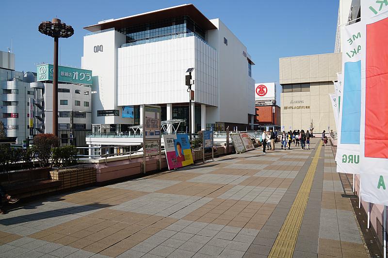 takasaki_pedestrian_deck.jpg