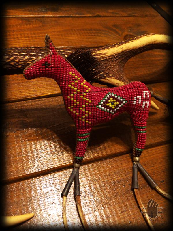 Beaded Horse Amulet 2