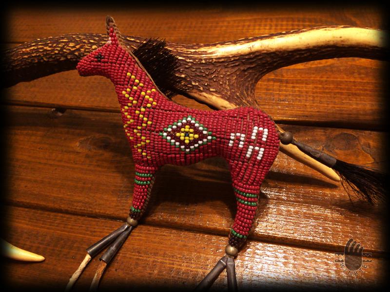 Beaded Horse Amulet 3