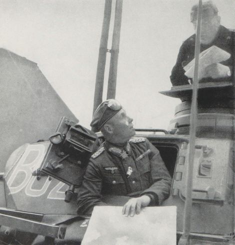 Rommel_Karl Rothenburg_Panzerbefehlswagen