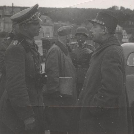 Saint-Valery-en-Caux_12_Juni_1940_Rommel_Ihler