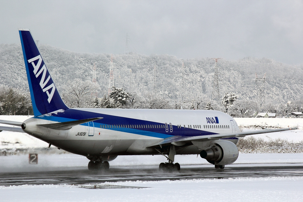 富山空港_冬4