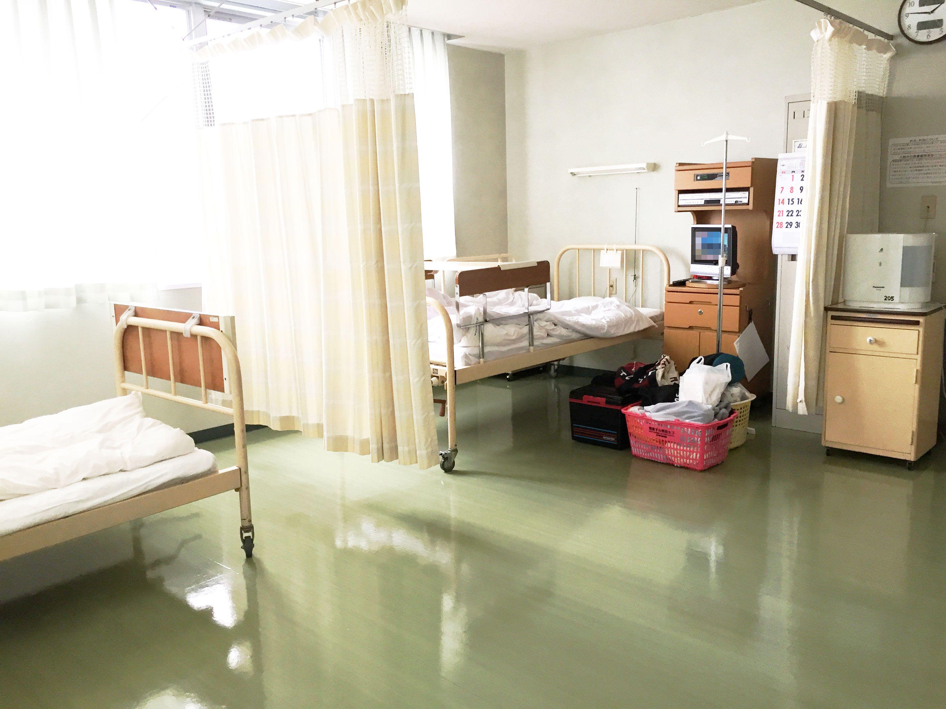 大部屋一人ぼっちの入院の様子・荷物03