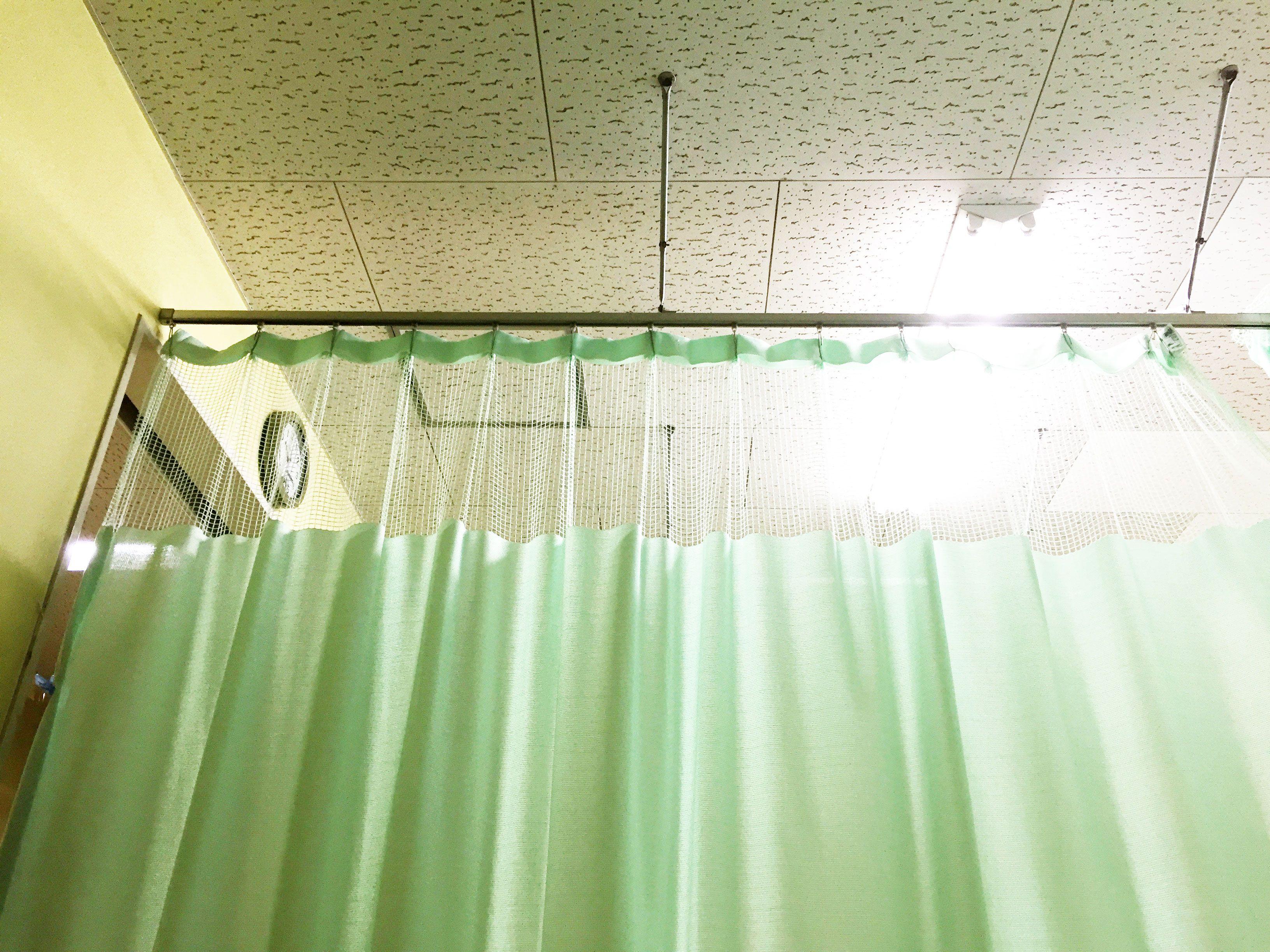 病院・大部屋・事故入院直後の風景