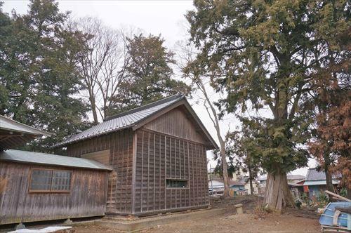 2八幡神社の森