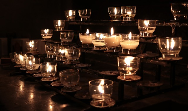 candles-2628575_640.jpg
