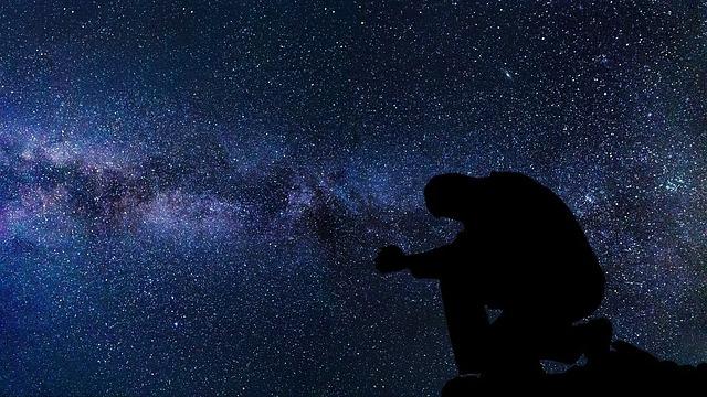 praying-3089190_640.jpg