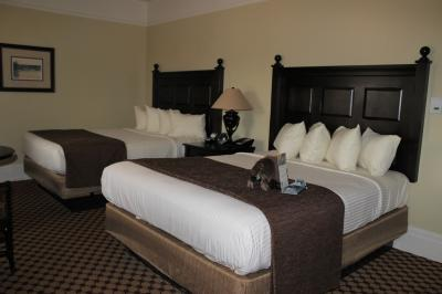Lake hotel 4