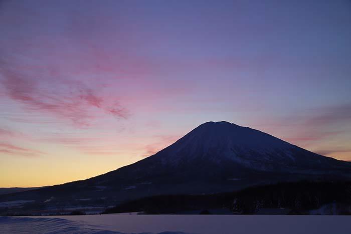 羊蹄山:黎明