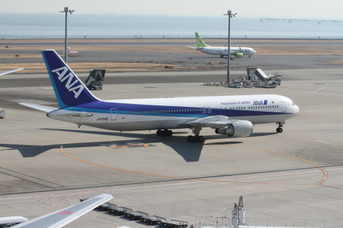 46_2017搭乗_JA8568