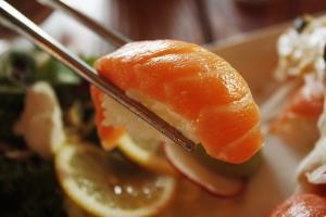salmon-1353598_960_720.jpg