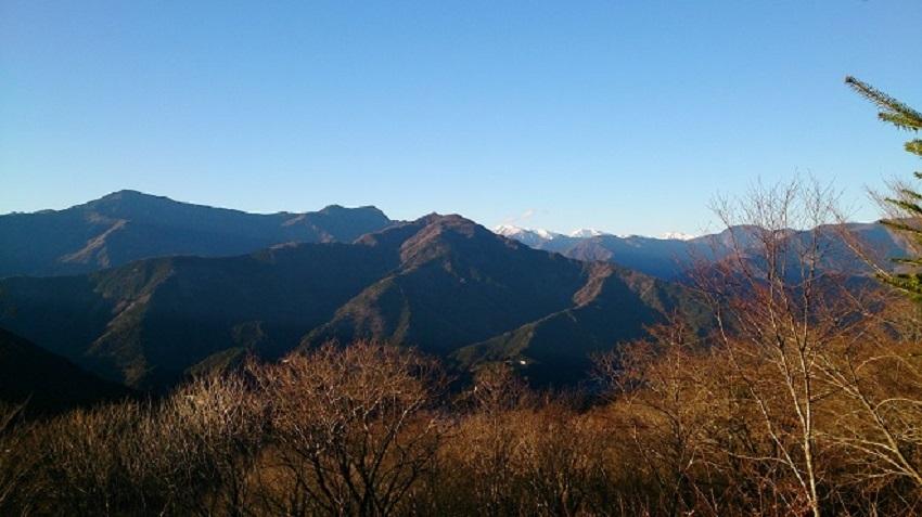 県道 峠頂上