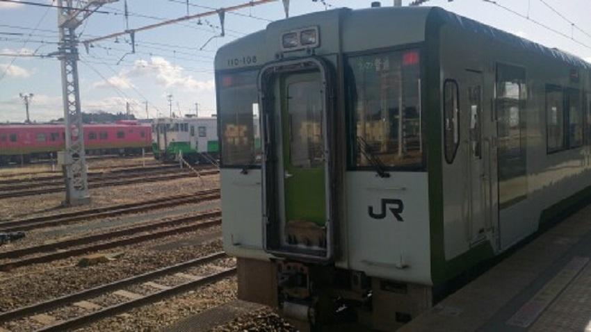 小牛田駅 列車
