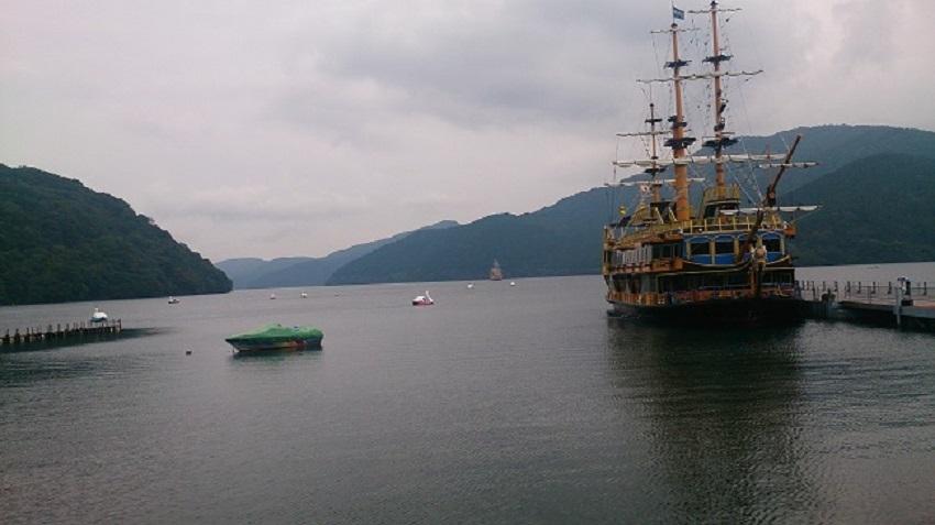 芦ノ湖 海賊船2