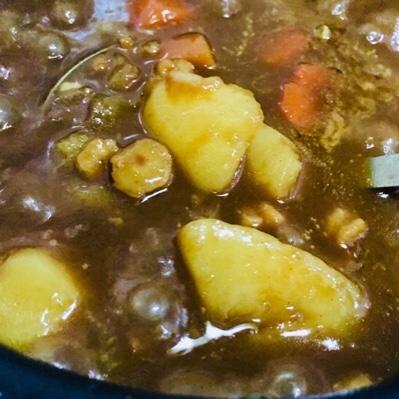 【海老カレー】冷凍むき海老を出汁に使ったらエスニックで美味しかった件