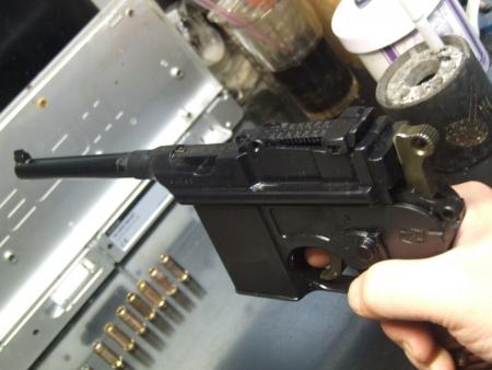 マウザーC96/M712④ まるで小銃のようなその構成