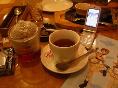 ルクリリさんとルクリリ茶でティータイム♪