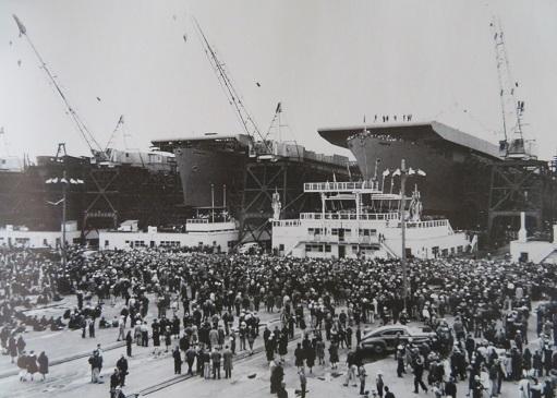 カサブランカ級三隻建造