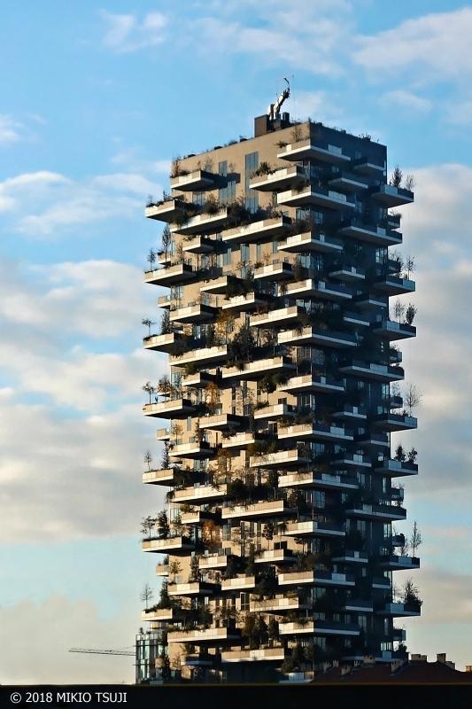 絶景探しの旅 - 0466 イタリアンデザインが冴えわたる建築物 (イタリア ミラノ)