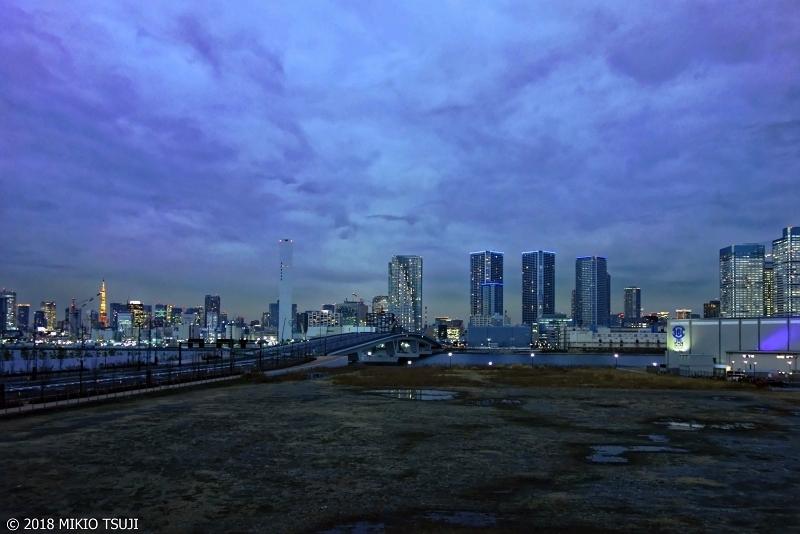 絶景探しの旅 - 0475 夜の帳が下り始める東京ウォーターフロント (東京都 江東区)