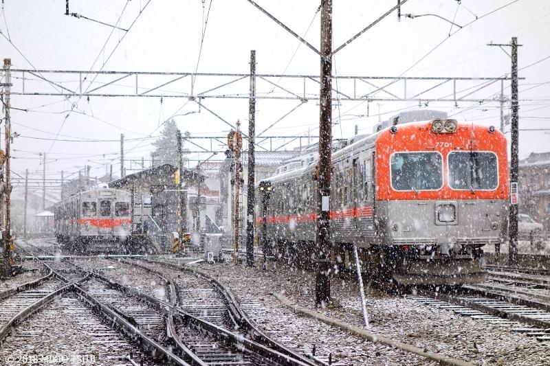 絶景探しの旅 - 0492 雪降る停車場 北陸鉄道「鶴来駅」 (石川県 白山市)