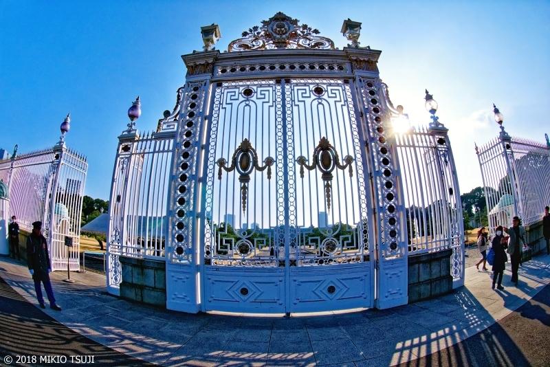 絶景探しの旅 - 0502 赤坂迎賓館の白い門 (東京都 港区)